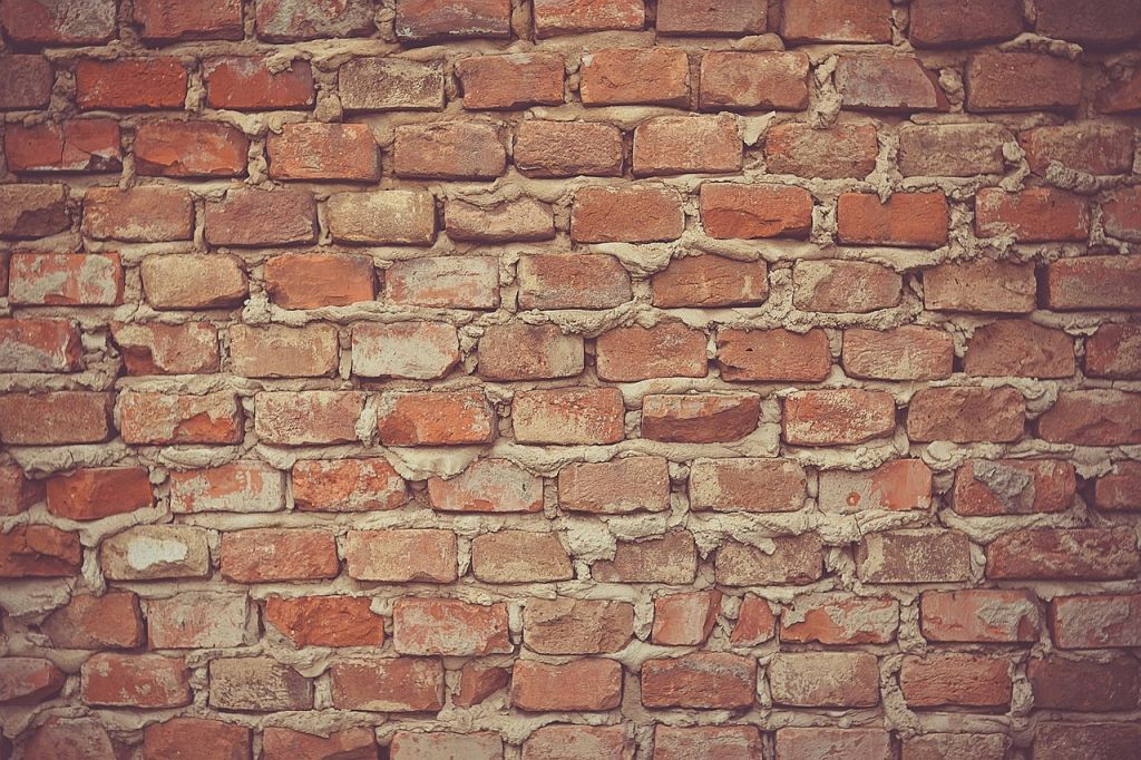 wall-of-bricks-336546_1280